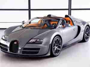 Серый Bugatti Grand Sport Vitesse