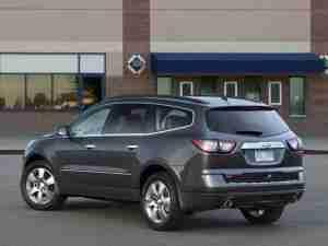 Chevrolet Traverse 2013 вид сзади