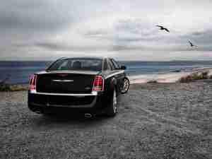 Chrysler 300C вид сзади
