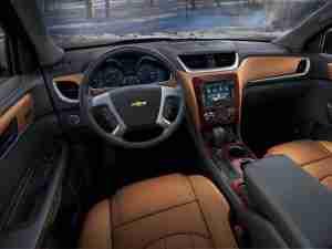 Интерьер Chevrolet Traverse 2013