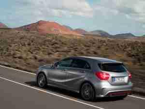 Новый хэтчбек Mercedes-Benz A-Class 2013 вид сзади